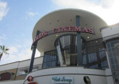 ショッピングモールにある映画館